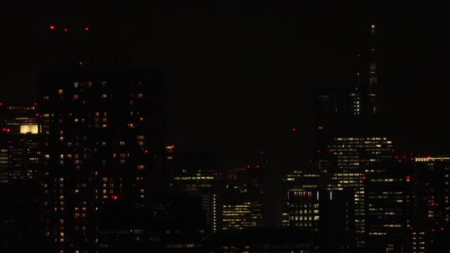 Eine Nacht Stadtbild in Shinagawa Tokyo High Angle Long Shot – Video