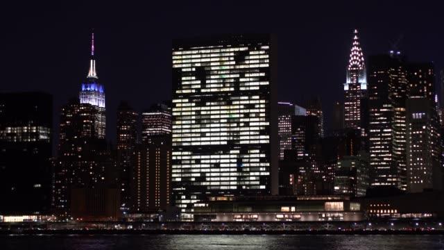 şehir merkezi manhattan/new york city, amerika birleşik devletleri - orta plan plan türleri stok videoları ve detay görüntü çekimi