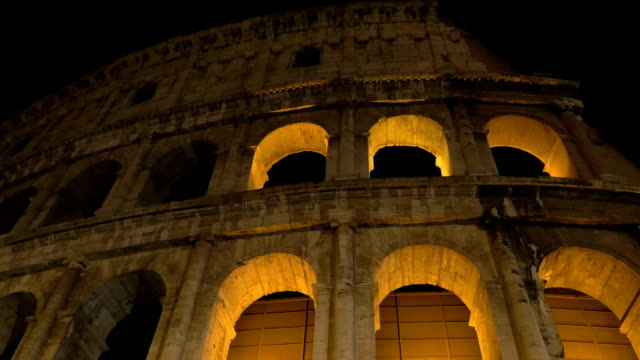 Night view of Roman Colosseum video