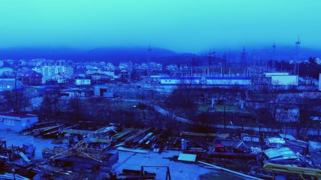 einbruch der nacht in der stadt. zeitraffer. - aerial view soil germany stock-videos und b-roll-filmmaterial