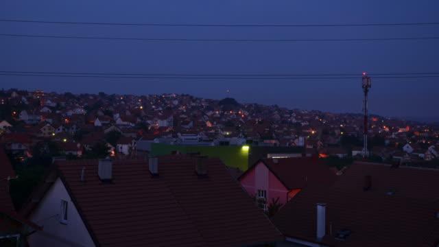 街の夕暮れ - 地域点の映像素材/bロール