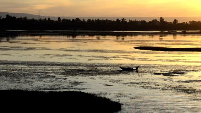 Nile Fishermen video