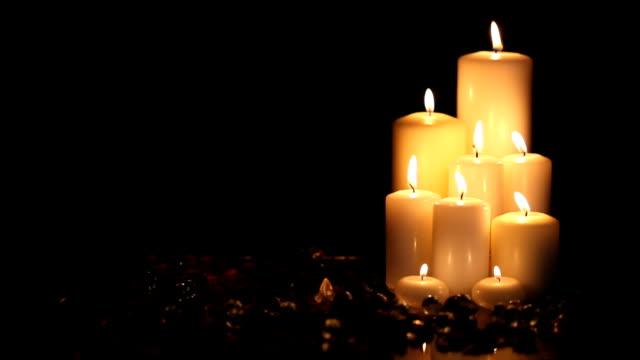Nueve velas en blackness - vídeo