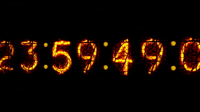nixie digital clock D1 video