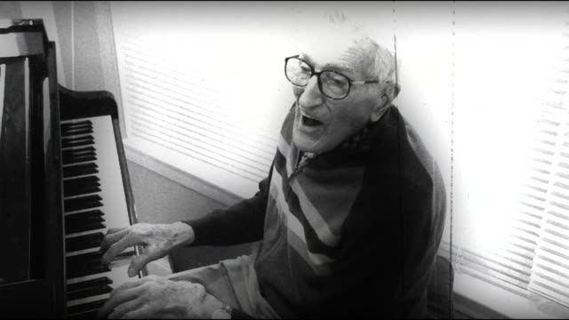 Norm's Vintage Piano video