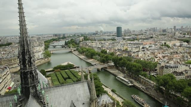notre dame aerial cityscape - gargoyle video stock e b–roll