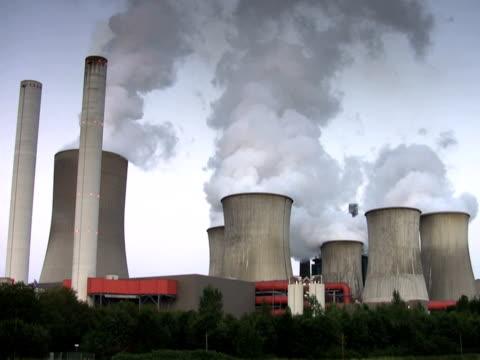 vídeos y material grabado en eventos de stock de ntsc: planta de energía - descripción física