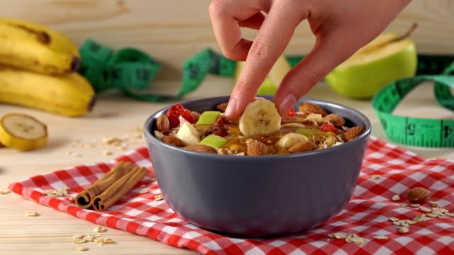 4K Oat granola with pecan nuts, yogurt bowl