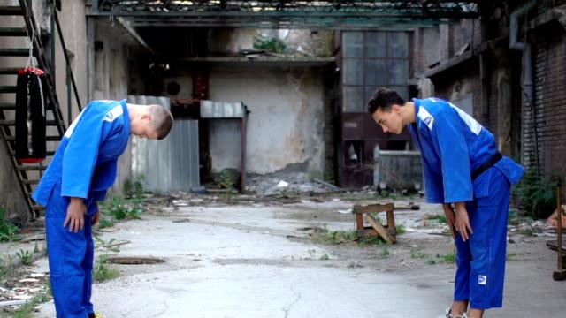 vídeos y material grabado en eventos de stock de obeisance - kárate
