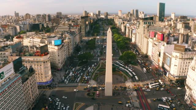obelisco buenos aires widok z lotu ptaka - argentyna filmów i materiałów b-roll