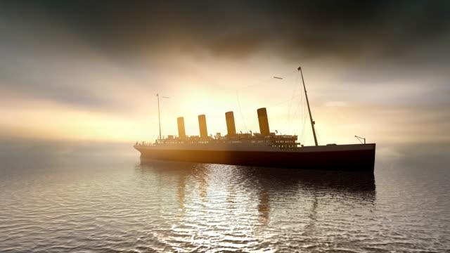 океанский лайнер titanic на спокойном закат море - погружённый стоковые видео и кадры b-roll