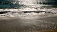 istock Ocean waves 517987320