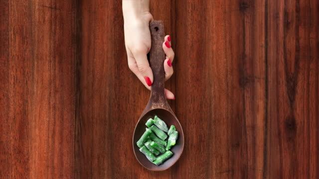 Offering frozen green beans video