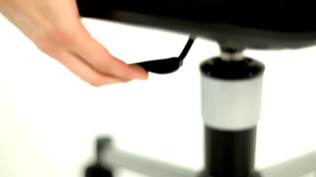 vídeos de stock e filmes b-roll de cadeira de escritório detalhes - chair