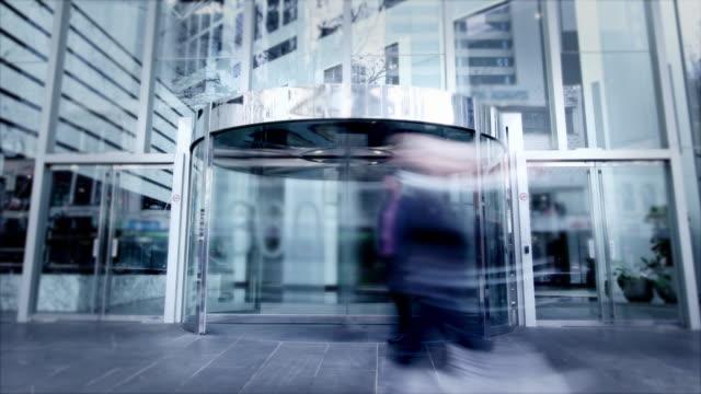 office commuters - вход стоковые видео и кадры b-roll