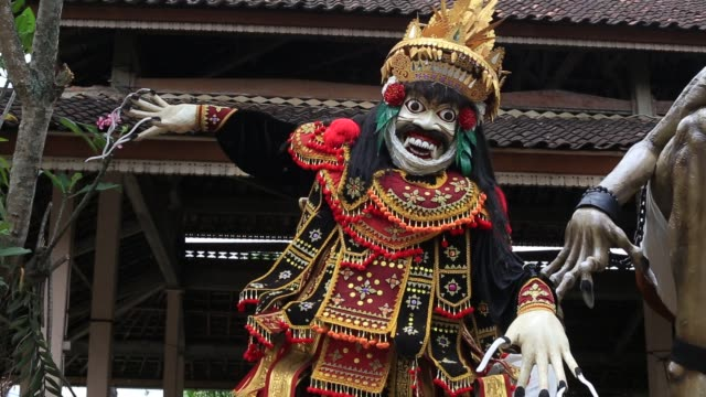 Ogoh-ogoh statue built for the Ngrupuk parade, Bali island, Indonesia, close up Impresive hand made structure, Ogoh-ogoh statue built for the Ngrupuk parade, which takes place on the even of Nyepi day in Bali island, Indonesia, close up southeast stock videos & royalty-free footage