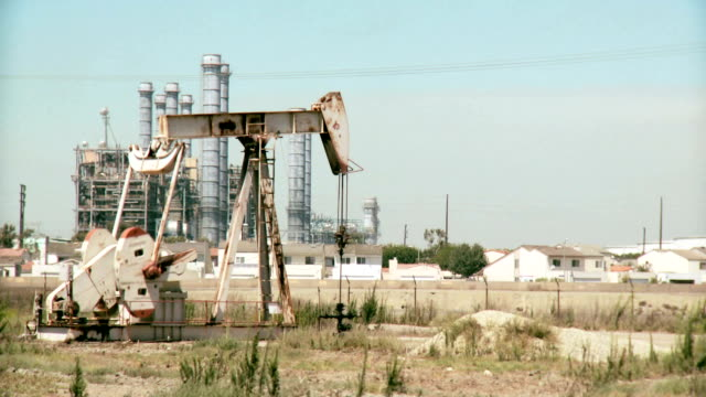 Oil drilling near family homes video