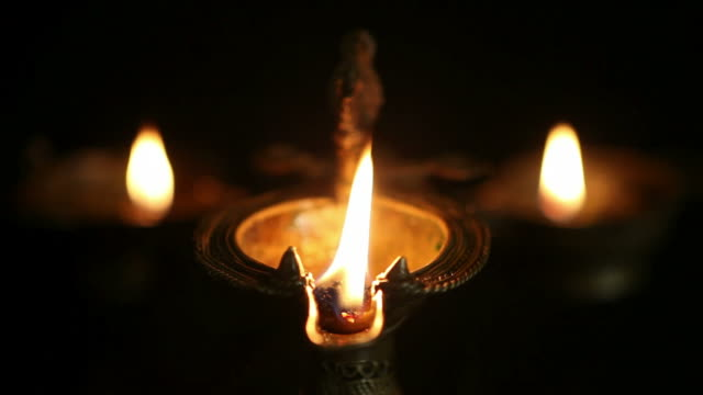 Oil Lamps video