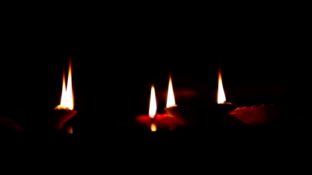 Oil Lamps ! video