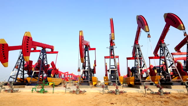 oil pumps working on oil field video