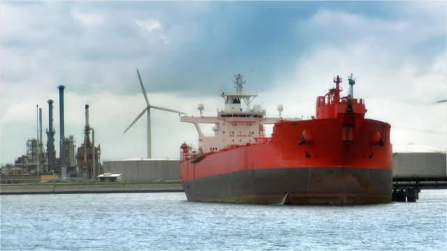 oil tanker 2 (HD 1080p) video