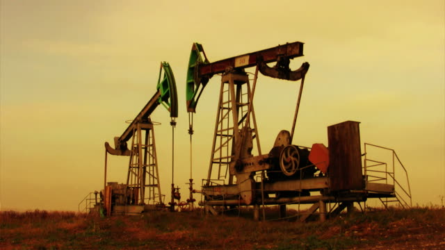 Oil well video