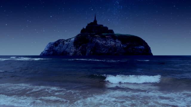 島の古い城。 - 城点の映像素材/bロール