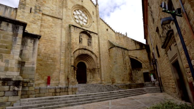 old cathedral of plasencia or catedral de santa maria, spain - парагвай стоковые видео и кадры b-roll