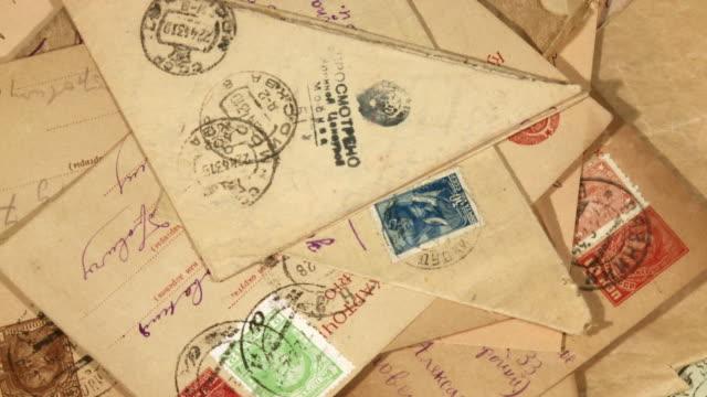 vidéos et rushes de vieux enveloppe - carte postale