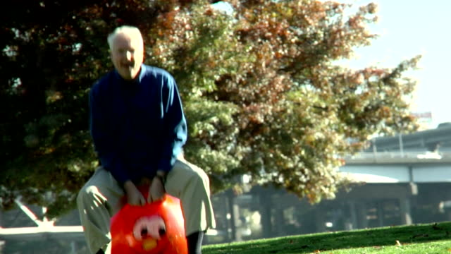 1080-P- Old man on rubber ball video