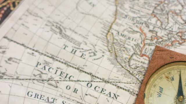 vídeos de stock e filmes b-roll de old mariner's compass - cartografia