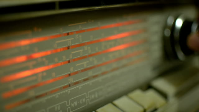 Old radio video