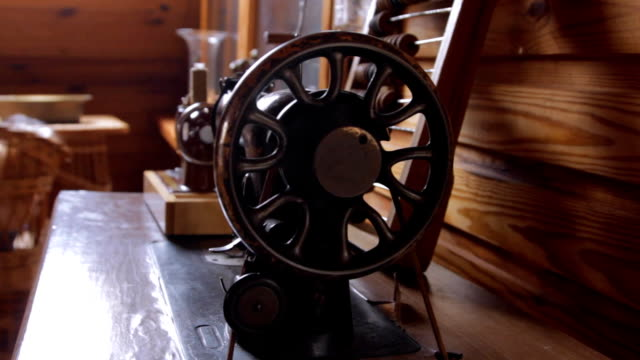 Old sewing machines video