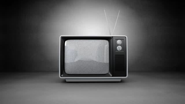 stockvideo's en b-roll-footage met oude televisie - depth vector