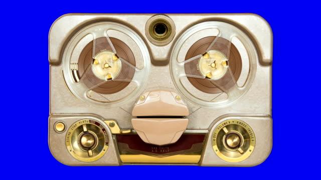 vecchio tubo registratore loop - mangianastri video stock e b–roll