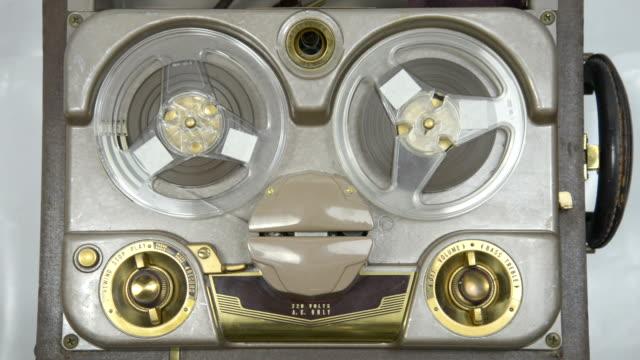 vecchio tubo registratore - registratore video stock e b–roll
