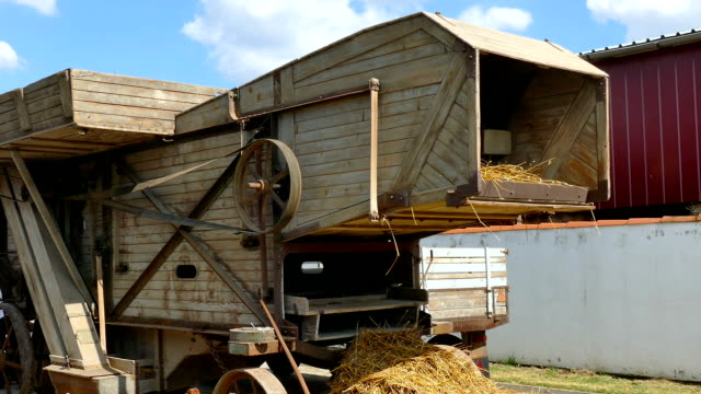 Old Wheat Thresher video