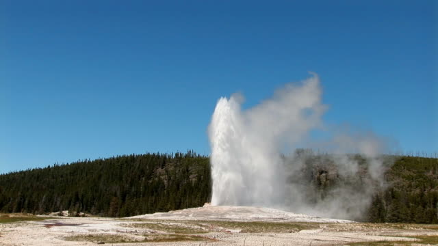 Oldf Faithful erupts - 2 See 1 and 3 for seamless continuity. scientific imaging technique stock videos & royalty-free footage