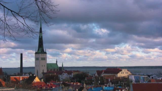 oleviste church in tallinn - estonya stok videoları ve detay görüntü çekimi