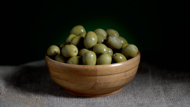 Olive Turning Loopable