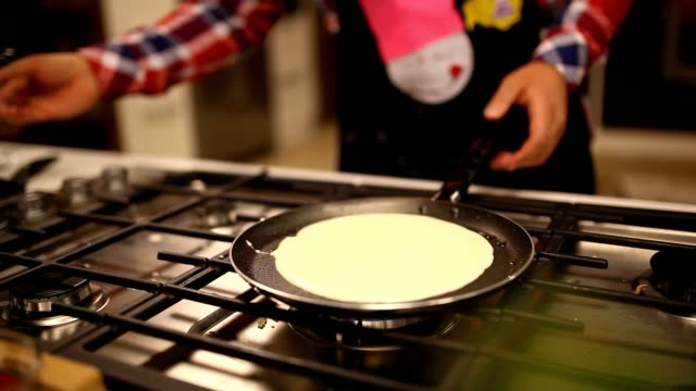 omelets made video