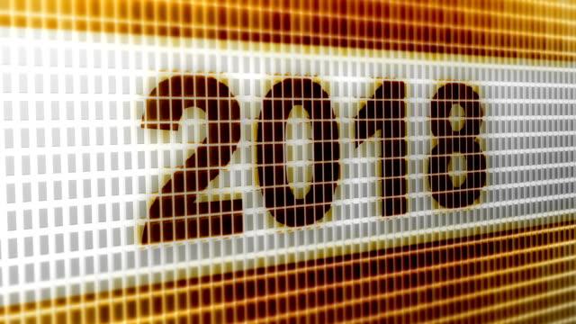 """""""2018"""" auf dem bildschirm. 4k auflösung. looping. - kalender icon stock-videos und b-roll-filmmaterial"""