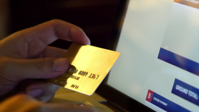 4K : Online shopping video