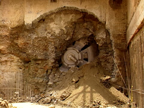 Opening tunnel of Subway - Underground NTSC video