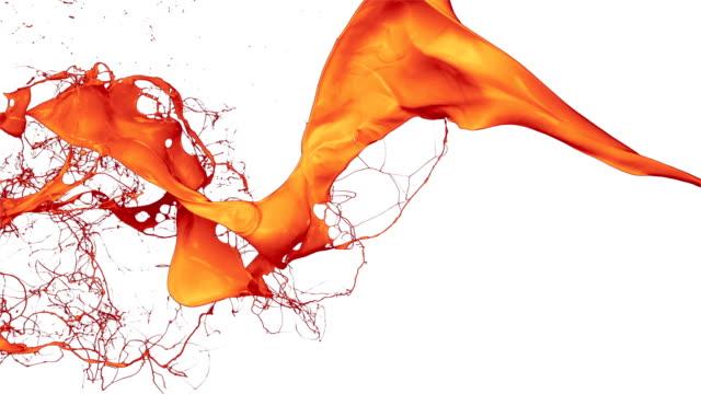 오랑주 페인트 튀기다 공기, 느린 동작 - 주황색 스톡 비디오 및 b-롤 화면