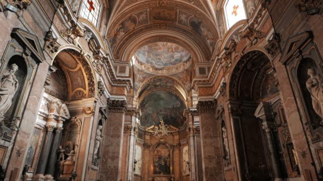 roma'da kilise süslü freskler - vatikan şehir devleti stok videoları ve detay görüntü çekimi