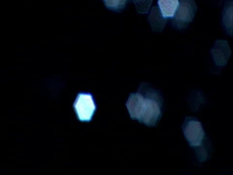 out of focus, blinking in water - 管卡規格 個影片檔及 b 捲影像