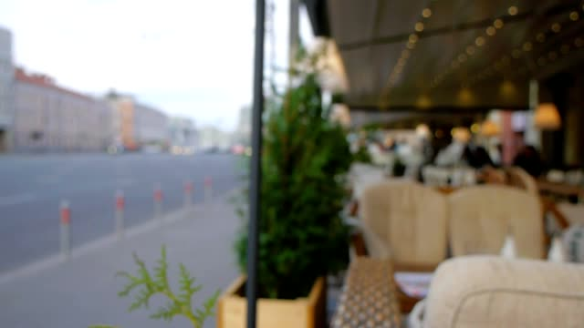 vídeos de stock, filmes e b-roll de cafe ao ar livre - cultura grega
