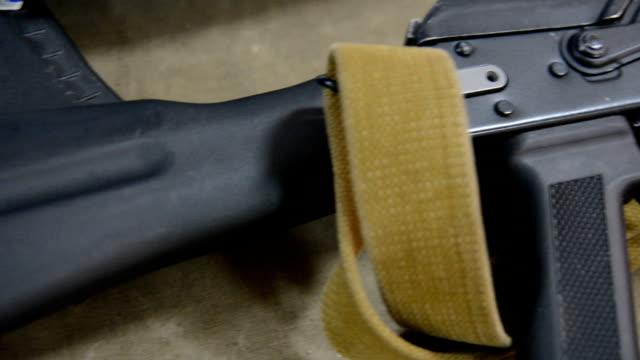Overview Kalashnikov lying video