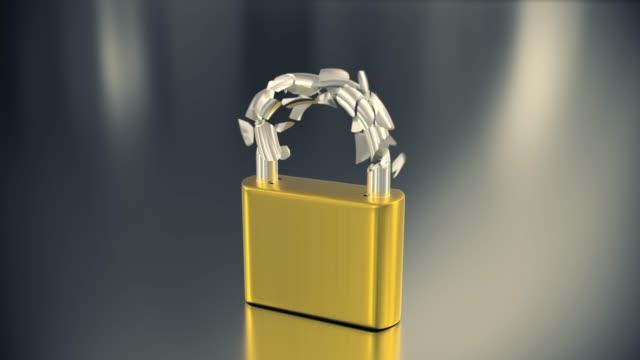 南京錠爆発オープニング ロック キー セキュリティ保護パスワードをハック 4 k のロックを解除 - なりすまし犯罪点の映像素材/bロール